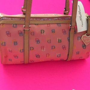 Old stock Dooney Bourke it bag handbag
